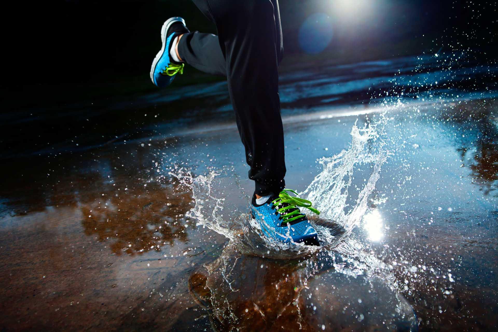 5 vinkkiä sadesäällä juoksemiseen